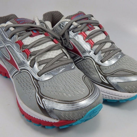 e47d35c4325 MINT CONDITION Brooks GHOST 8 Womens 11 US